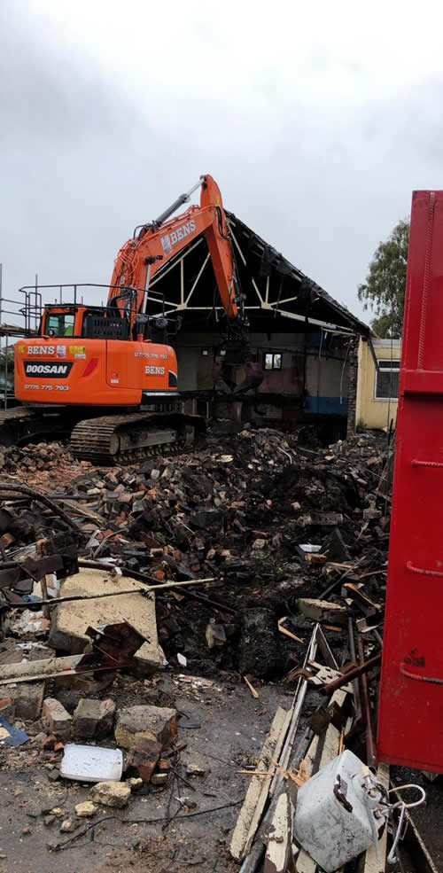 Bens Demolition Division assets/images/projects/optimised/Job29/bens_demolition_IMG-20191017-WA0002_grove_Hall.jpg Grove Hall, Fishponds photo