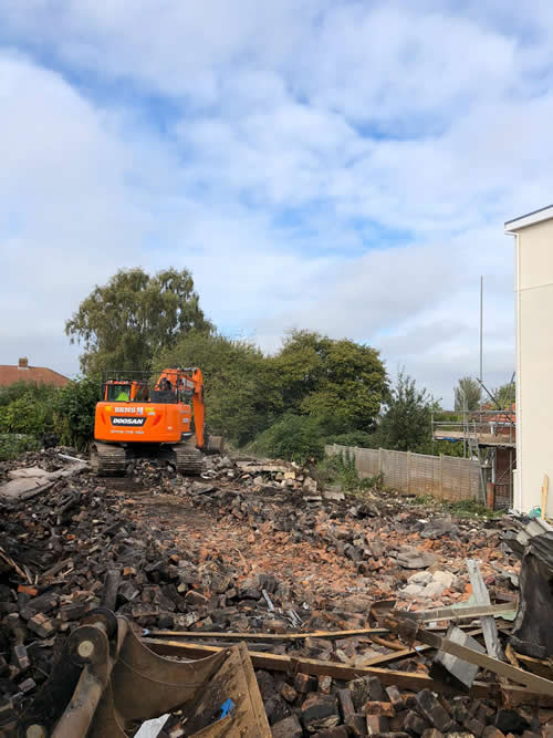 Bens Demolition Division assets/images/projects/optimised/Job29/bens_demolition_IMG-20191017-WA0003_grove_Hall.jpg Grove Hall, Fishponds photo