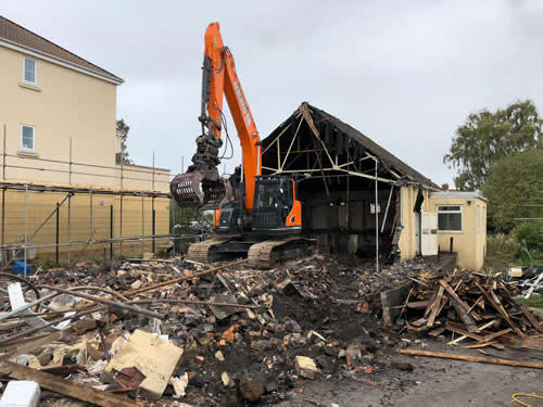 Bens Demolition Division assets/images/projects/optimised/Job29/bens_demolition_IMG-20191017-WA0005_grove_Hall.jpg Grove Hall, Fishponds photo