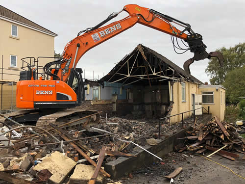 Bens Demolition Division assets/images/projects/optimised/Job29/bens_demolition_IMG-20191017-WA0006_grove_Hall.jpg Grove Hall, Fishponds photo
