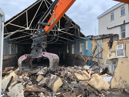 Bens Demolition Division assets/images/projects/optimised/Job29/bens_demolition_IMG-20191017-WA0008_grove_Hall.jpg Grove Hall, Fishponds photo