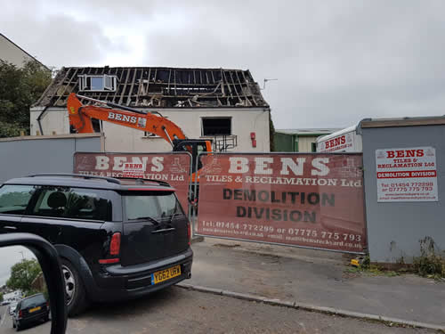 Bens Demolition Division assets/images/projects/optimised/Job3/IMG-20180928-WA0002.jpg Netham Road, Bristol photo
