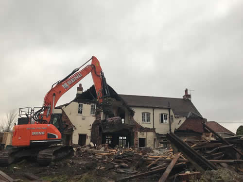 Bens Demolition Division job Demolition of the The Shant Pub, Kingswood for Highridge Construction photo number 8