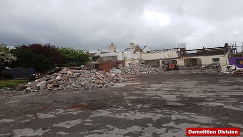 Bens Demolition Division assets/images/projects/optimised/Job8/Slide111.jpg Railway Tavern, Yate photo